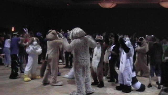 File:Anthrocon2005dance.jpg